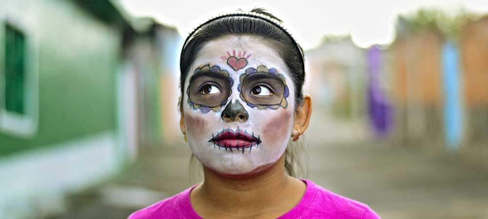 Celebrate Day of the Dead or Día de los Muertos in Mexico for an authentic + culture-filled trip.