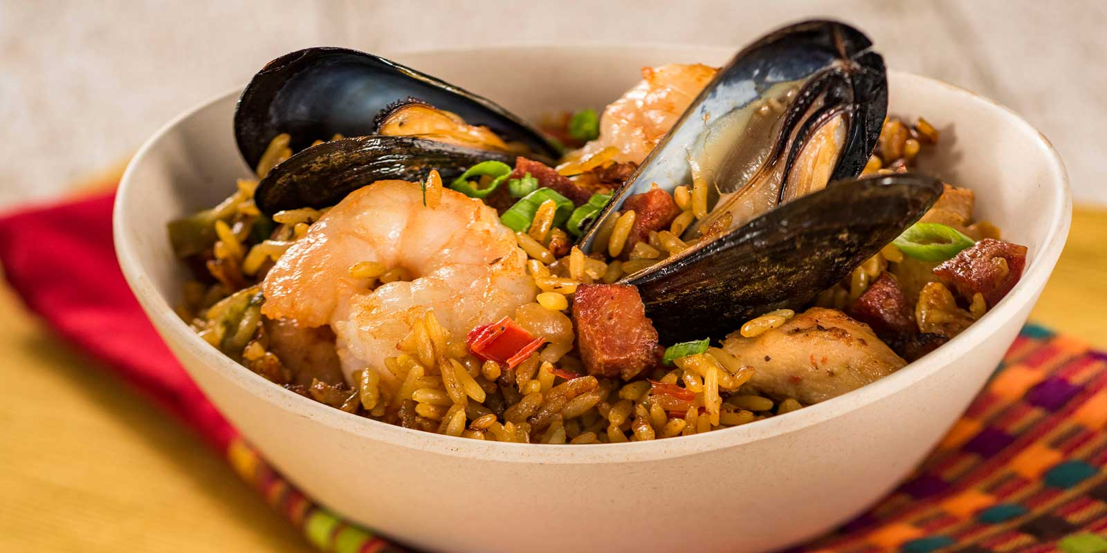 Closeup of a small dish of Spanish paella.