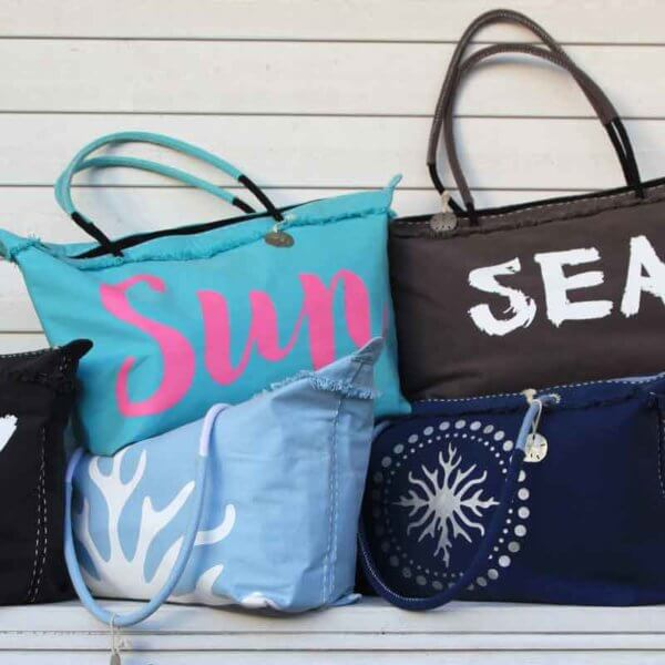 Pile of 6 colorful beach bags