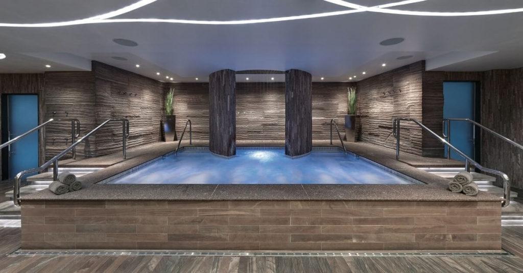 Photo of an empty spa pool at The Cosmopolitan's Sahra Spa & Hammam.