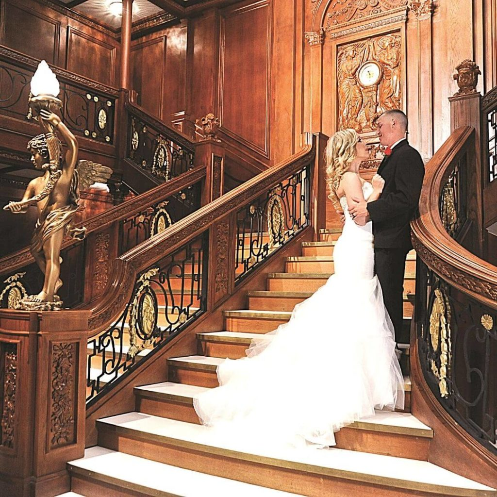 Photo of a bride and groom at the Luxor Titanic exhibit.
